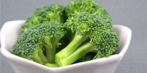 Raw_Broccoli_Salad_003